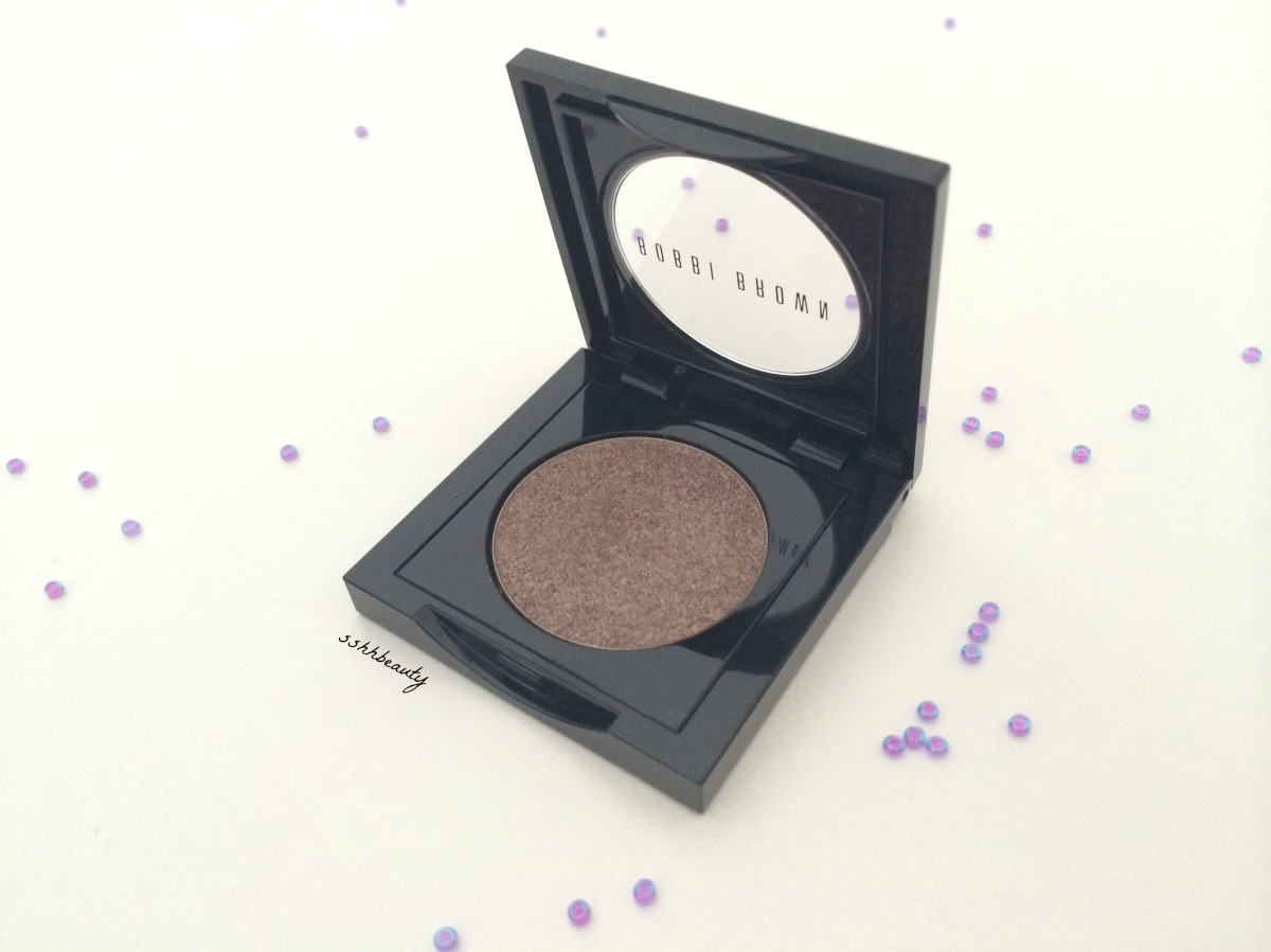 Bobbi Brown Sparkle Eyeshadow in #20 Cement!