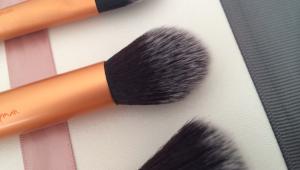 real techniques contour brush