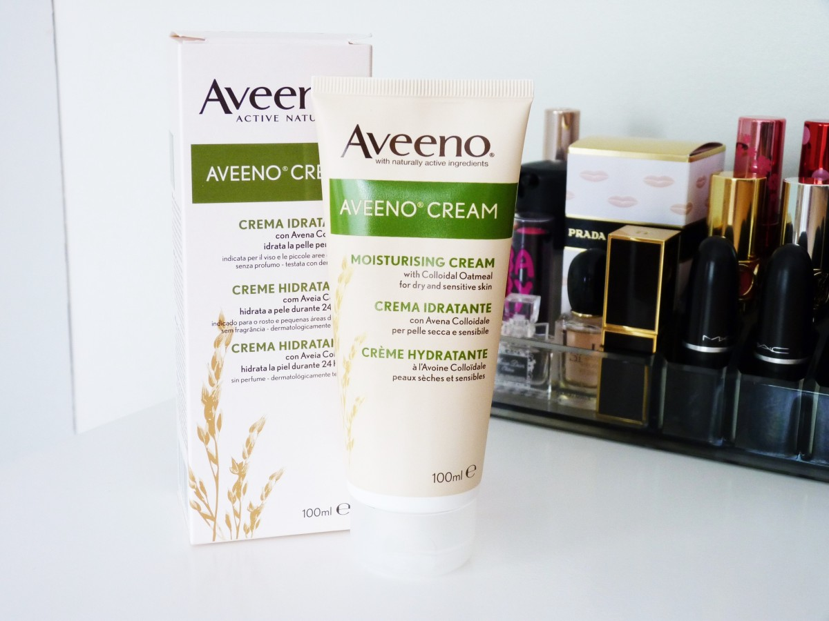 How Aveeno SAVED my dry skin | Moisturising Cream with Colloidal Oatmeal Review